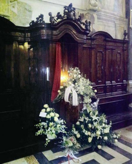 Confessionale2